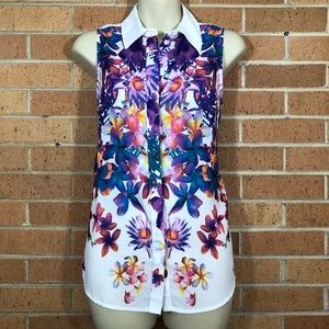 Mossing floral blouse size small